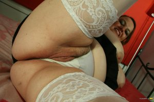 Elyne bbw women classified ads Maryland Heights